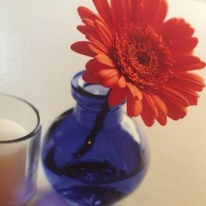 Navy blue flower vase 🌺
